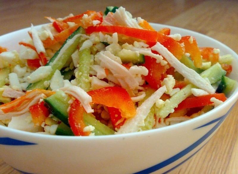 Смачно і недорого: 5 яскравих салатів на старий новий рік