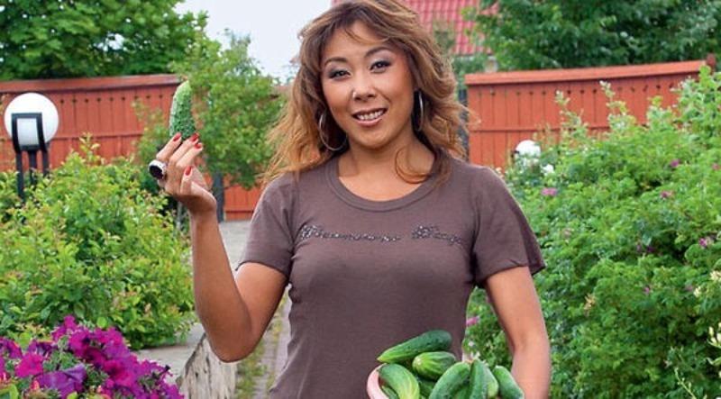9 зірок, які люблять самостійно вирощувати овочі та фрукти