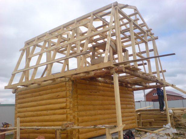 Пристрій даху приватного будинку-основні елементи і особливості різних видів покрівлі