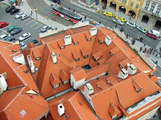 Багатощипцевий дах: складність форм і досконалість технічних рішень