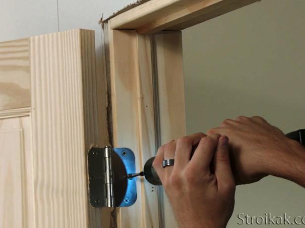 Бережемо тепло в будинку: навіщо і як утеплювати двері