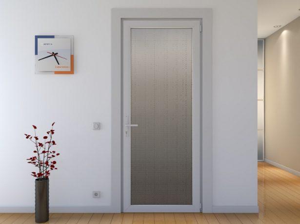Ремонт і обробка вхідних дверей і дверних прорізів